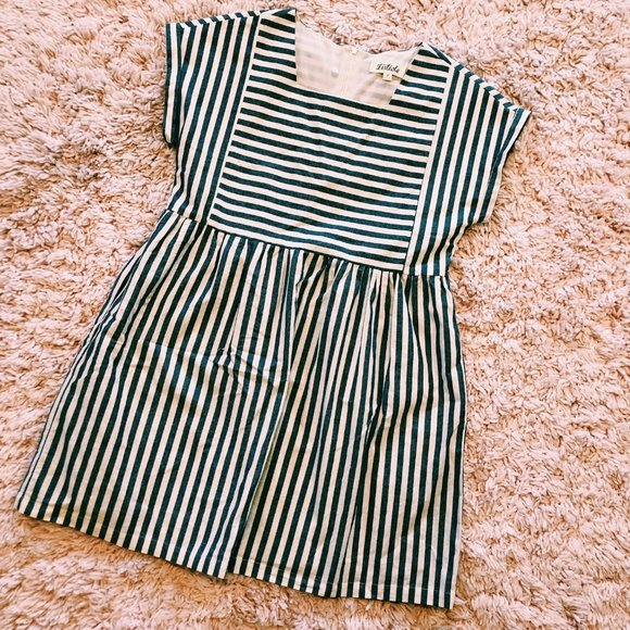 Listicle Dresses & Skirts - Listicle Gray & Beige Stripe Pocket Babydoll Dress